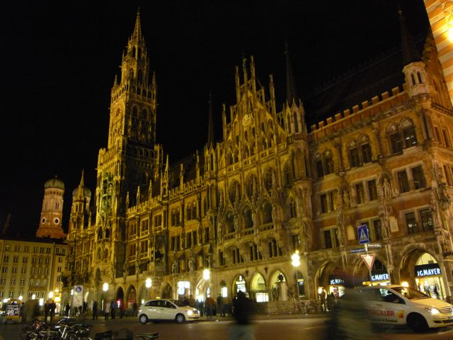 marienplatz.jpg