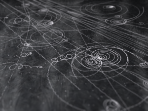 Particle Tracks as from a cloud chamber